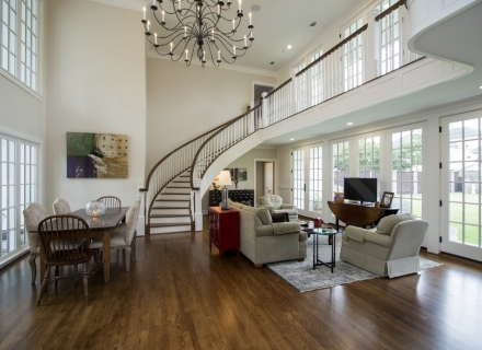 River Oaks half round staircase balcony