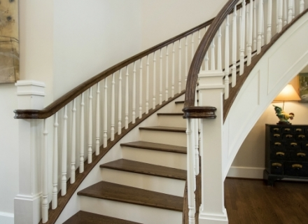 River Oaks half round staircase